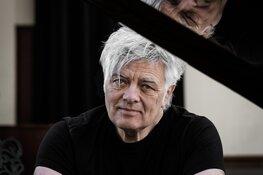 Spontaan theaterconcert van 40-jaar Robert Jan Stips