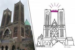 Loopbrug tussen torens Haarlemse kathedraal vandaag geïnstalleerd