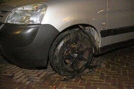 In brand gestoken auto snel geblust in Haarlem