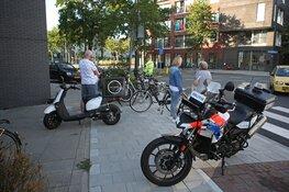 Maaltijdbezorger in botsing met fietsster