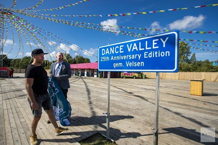 Gemeente Velsen feliciteert Dance Valley met 25ste verjaardag