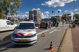 Kop-staart aanrijding voor de Prinsenburg in Haarlem