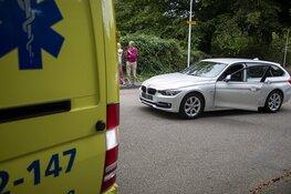 Meisje gewond na botsing met auto in Bloemendaal