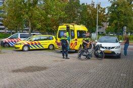 Fietsster naar het ziekenhuis na aanrijding met auto