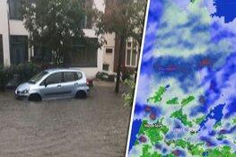 Straten in Zandvoort en Haarlem blank door zware regenval