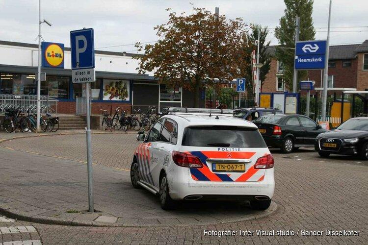 Politie zoekt 'voorbijganger' die bejaarde man in Heemskerk uit het niets neerstak
