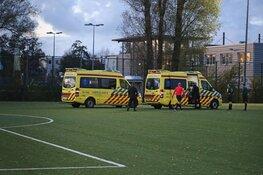 Twee gewonden door kop-duel tijdens voetbalwedstrijd in Haarlem