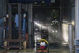 Heftrucks in de brand in bedrijfspand IJmuiden
