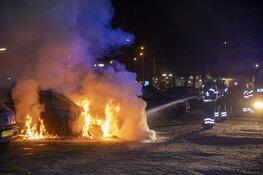 Auto uitgebrand aan de Oudeweg in Haarlem
