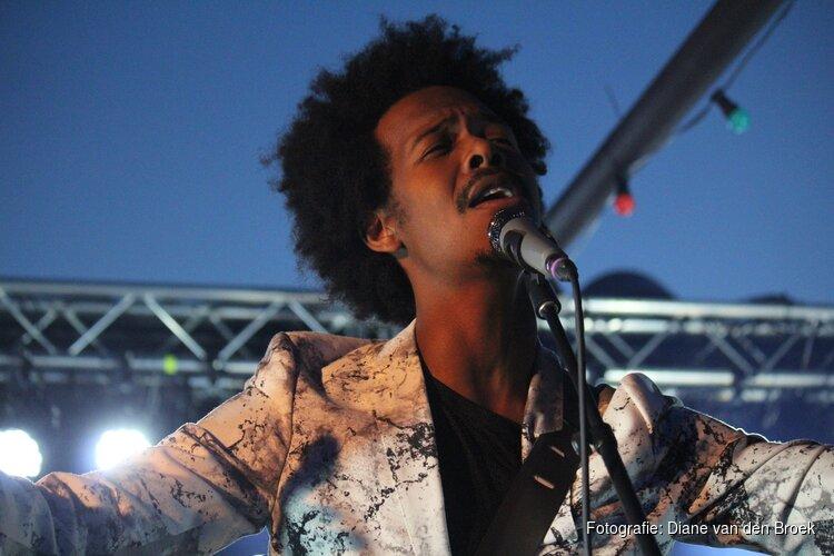 Jeangu Macrooy vertegenwoordigt Nederland op het Songfestival