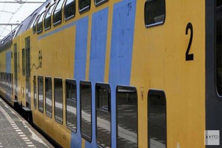 Geen treinen tussen Amsterdam en Haarlem door kapotte spoorbrug