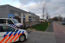 Politie doorzoekt 25 telecomwinkels Beverwijk vanwege merkvervalsing