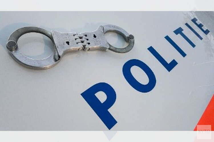 Politie Haarlem houdt twee berovers aan met gestolen scooter