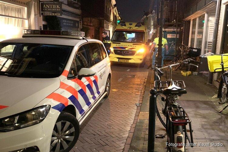 Frontale botsing tussen fietser en scooterrijder