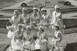 Kleine expo 65 jaar Haarlemse Bloemenmeisjes