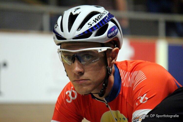 Wielrenner Niki Terpstra gewond na ongeluk op Markerwaarddijk