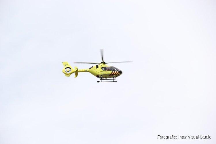 Kitesurfer gewond bij Zandvoort: traumaheli landt midden op strand