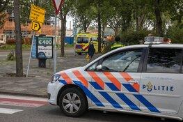 Fietser aangereden op rotonde in Haarlem, veroorzaker rijdt door