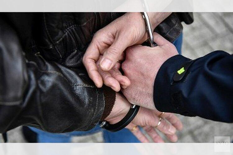 Man aangehouden voor diefstal uit auto