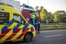 A9 enige tijd afgesloten na ongeval bij Uitgeest, vrachtwagenchauffeur aangehouden