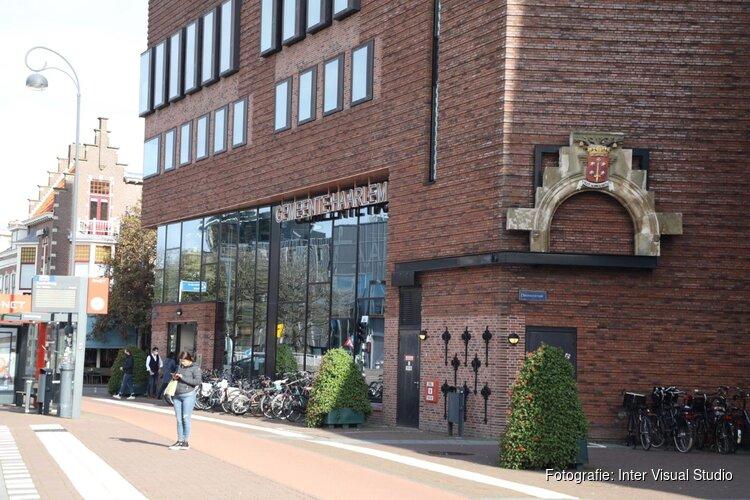 Man probeert zichzelf in brand te steken in publiekshal Haarlem